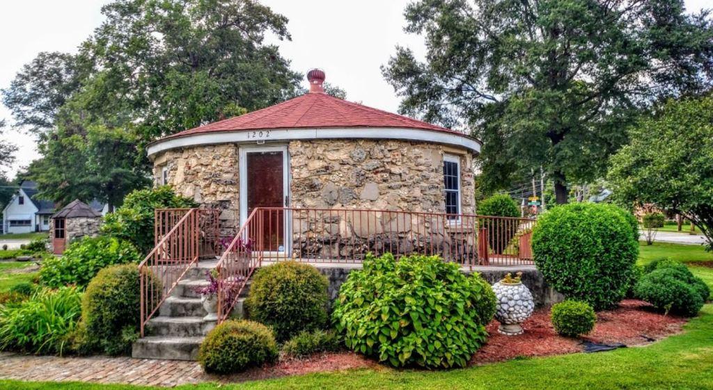 Wilson Round House