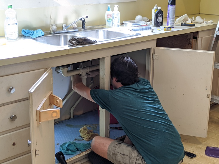 Kitchen sink shut off valves